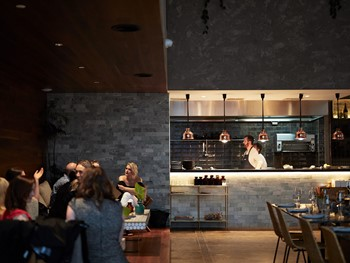 Abacus Bar & Kitchen South Yarra - Modern Australian cuisine - image 4 of 4.