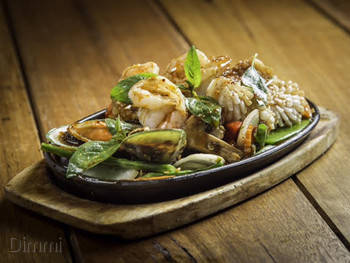 Absolute Thai Tuggerah - Thai  cuisine - image 10 of 11.