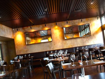 Burwood Inn Merewether - Modern Australian cuisine - image 4 of 8.