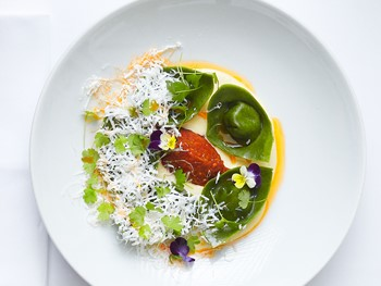 Catalina Rose Bay - Modern Australian cuisine - image 13 of 21.