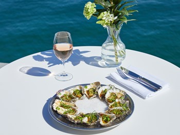Catalina Rose Bay - Modern Australian cuisine - image 17 of 21.