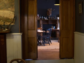 Clarendon Arms Evandale - Modern Australian cuisine - image 1 of 12.