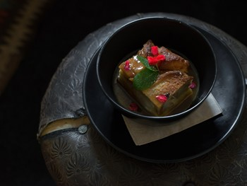 Clarendon Arms Evandale - Modern Australian cuisine - image 4 of 12.