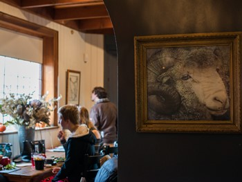 Clarendon Arms Evandale - Modern Australian cuisine - image 7 of 12.