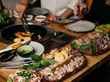 Co Hanh Melbourne - Asian  cuisine - image 5 of 18.