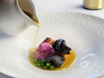 EZARD Melbourne - Modern Asian cuisine - image 8 of 11.