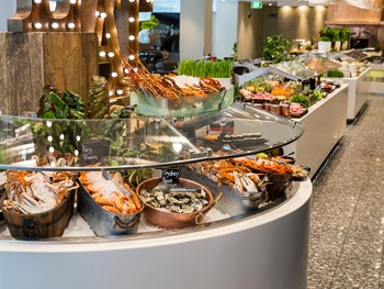 Feast at Sheraton Grand Sydney Sydney - Buffet cuisine - image 11 of 13.