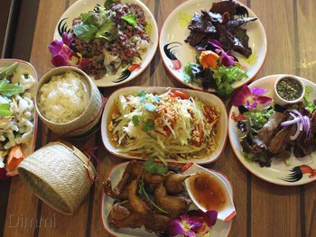 Five Stars Thaitanic Chester Hill - Thai  cuisine - image 1 of 7.