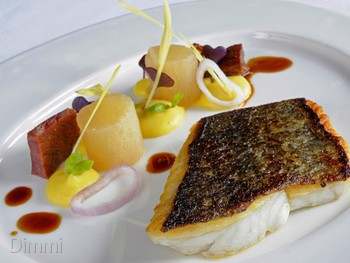 Flying Fish Pyrmont - Modern Australian cuisine - image 12 of 13.