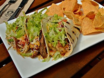 Gringos Fresh Mexican Cantina Putney - Mexican cuisine - image 2 of 9.