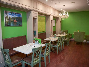 Halong Cafe Geelong - Cafe  cuisine - image 4 of 5.