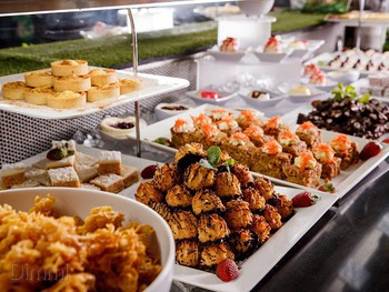 Hotel Richlands Richlands - Buffet cuisine - image 1 of 3.