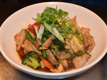 Hypnothaized Restaurant Henley Beach - Asian  cuisine - image 9 of 13.