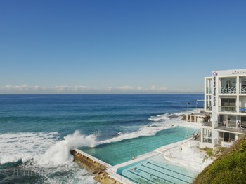 Icebergs Dining Room and Bar Bondi Beach - Mediterranean cuisine - image 2 of 6.