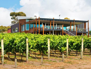 Jack Rabbit Vineyard Bellarine - Modern Australian cuisine - image 2 of 6.