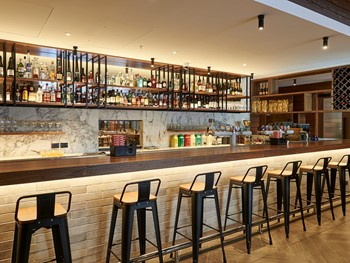 James St Bar + Kitchen Northbridge - Modern Australian cuisine - image 4 of 13.