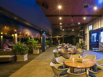 Kawana Waters Hotel Buddina - Modern Australian cuisine - image 7 of 13.
