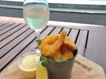 Longboards Laidback Eatery & Bar Surfers Paradise - Modern Australian cuisine - image 9 of 9.