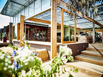 Montalto Red Hill South - Modern Australian cuisine - image 8 of 12.