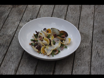 Moxhe Bronte - Seafood cuisine - image 2 of 17.