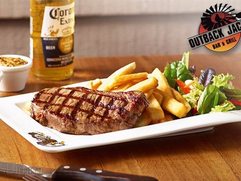 Outback Jacks Rouse Hill - Burger cuisine - image 4 of 6.