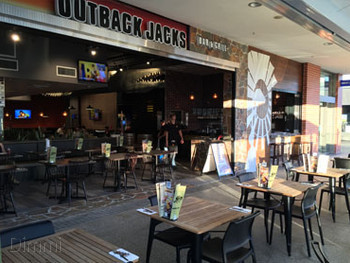 Outback Jacks Rouse Hill - Burger cuisine - image 5 of 6.