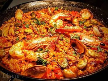 Puerto Patterson Lakes - Spanish  cuisine - image 7 of 19.