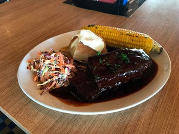 Redcliffe Tavern Redcliffe - Pub Grub cuisine - image 4 of 5.