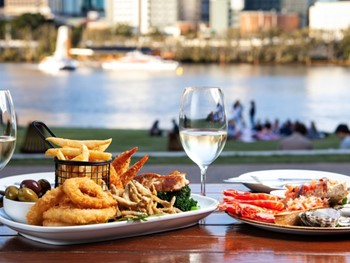 River Quay Fish South Bank - Seafood cuisine - image 9 of 11.