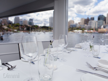 Sails on Lavender Bay McMahons Point - Modern Australian cuisine - image 5 of 31.