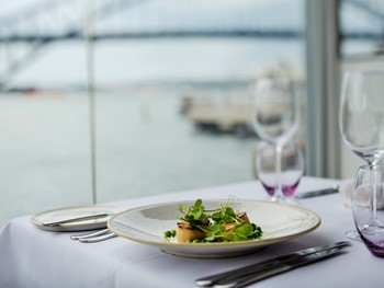 Sails on Lavender Bay McMahons Point - Modern Australian cuisine - image 26 of 31.