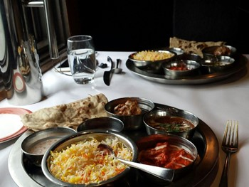 Shiraaz Melbourne - Indian cuisine - image 2 of 9.