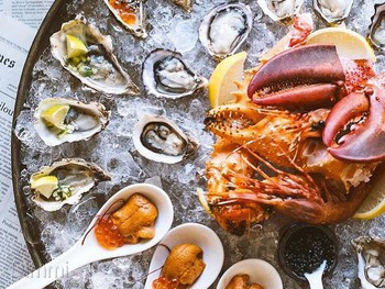 Shuck Fine Dining Restaurant Main Beach - Seafood cuisine - image 5 of 8.