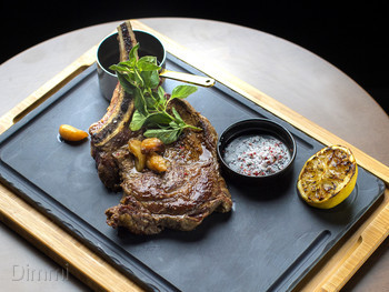 Six Acres Restaurant & Bar Bowen Hills - Modern Australian cuisine - image 4 of 10.