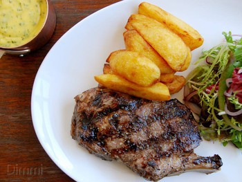 Station Hotel Footscray - Steak  cuisine - image 3 of 5.