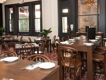 The Crown and Sceptre Hotel Adelaide - Modern Australian cuisine - image 10 of 10.
