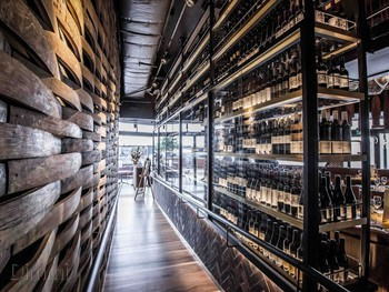 The Meat & Wine Co Barangaroo - Steak  cuisine - image 3 of 10.