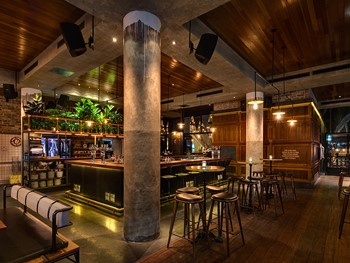 The Morrison Bar & Oyster Room Sydney - Modern Australian cuisine - image 7 of 7.