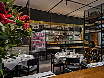 The Railway Club Hotel Port Melbourne - Steak  cuisine - image 11 of 12.