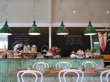 The Stables of Como South Yarra - Breakfast cuisine - image 2 of 5.