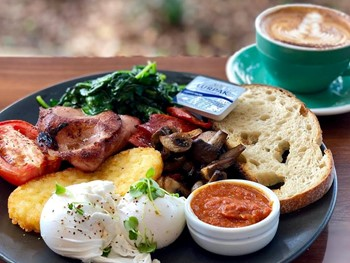 The Tramshed Narrabeen - Cafe  cuisine - image 1 of 8.