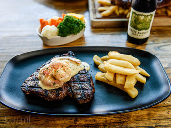 Waterfront Grill Darling Harbour - Steak  cuisine - image 15 of 19.