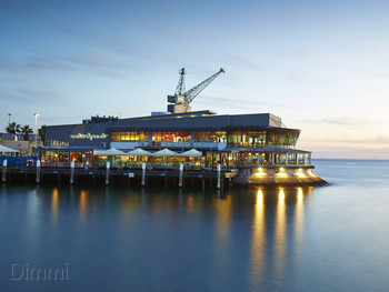 Waterfront Port Melbourne - Modern Australian cuisine - image 3 of 11.