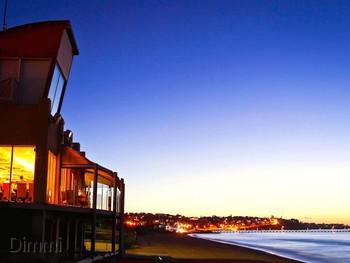 Waves on the Beach Frankston - Modern Australian cuisine - image 2 of 9.