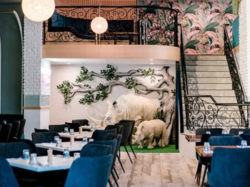 White Rhino Bar and Eats Surfers Paradise - Modern Australian cuisine - image 1 of 5.