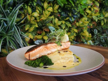 Yellowfin Seafood & Grill Brisbane - Seafood cuisine - image 7 of 8.