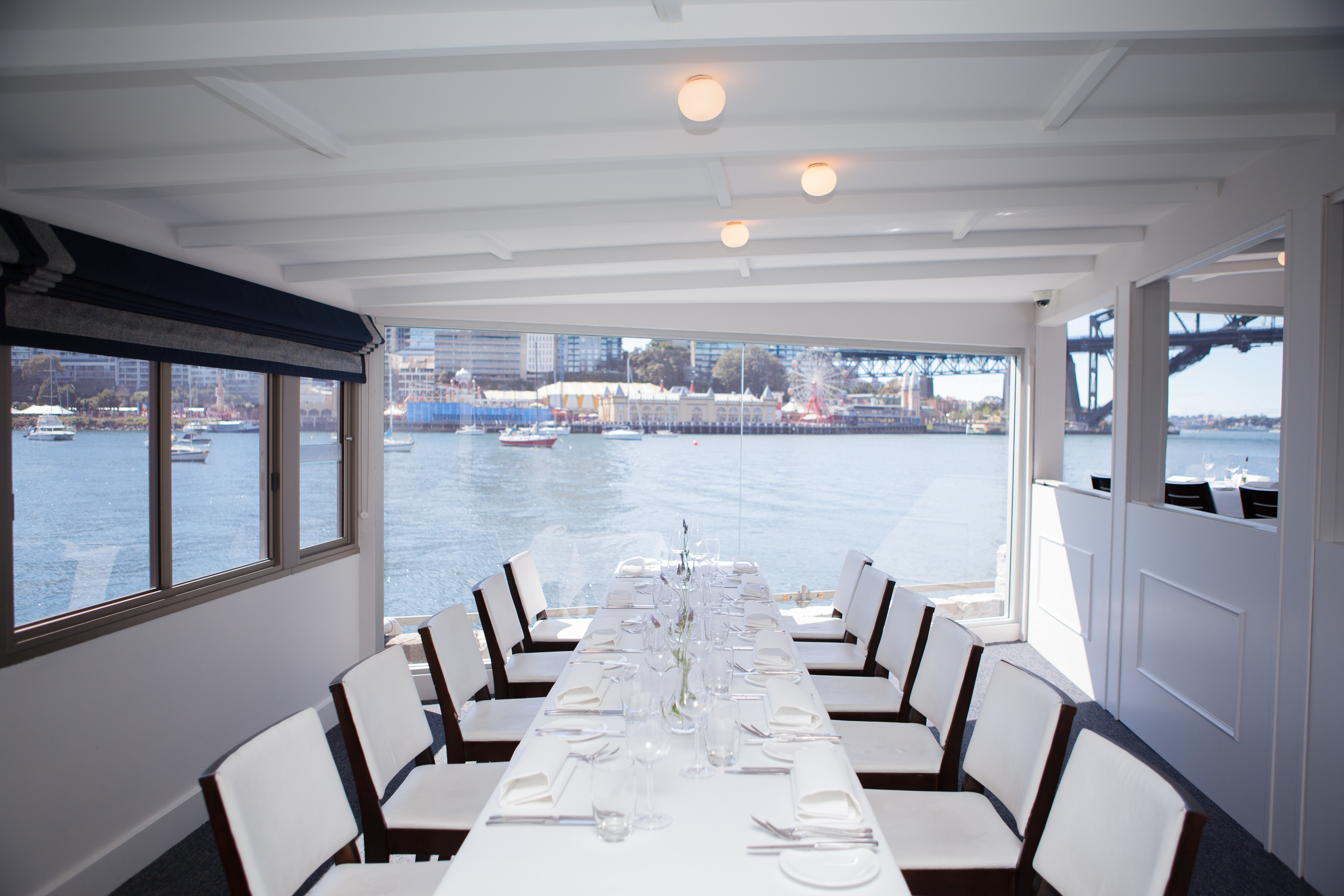 Sails on lavender bay restaurant mcmahons point menus for Best dining rooms in sydney